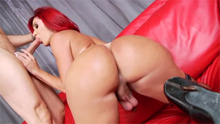 Adorable Redhead Ts Valentina with Big Round Ass Enjoys Mutual Fuck