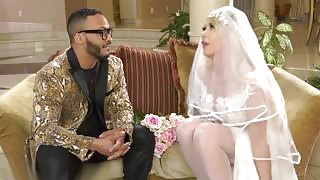 Bride To Be Aubrey Kate Fucked By Wedding Planner